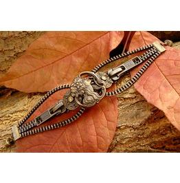Steampunk Maiden Button Zipper Bracelet