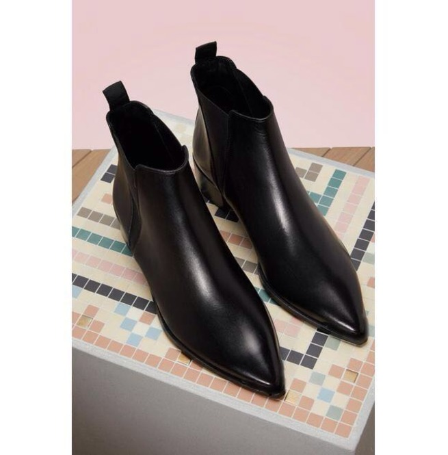 de827efb73 Handmade Men Black Pointed Toe Chelsea Boots, Men Black Leather Ankle Boots