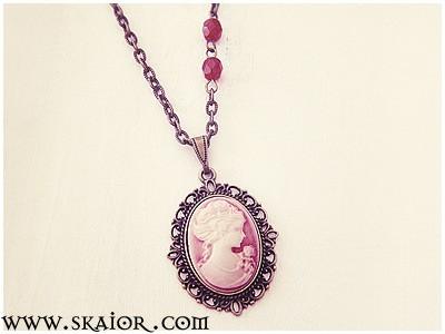 gothic_lady_portrait_cameo_victorian_necklace_necklaces_3.jpg