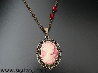 gothic_lady_portrait_cameo_victorian_necklace_necklaces_2.jpg