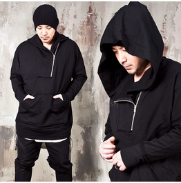 Diagonal Zippered Black Anorak Hoodie 190