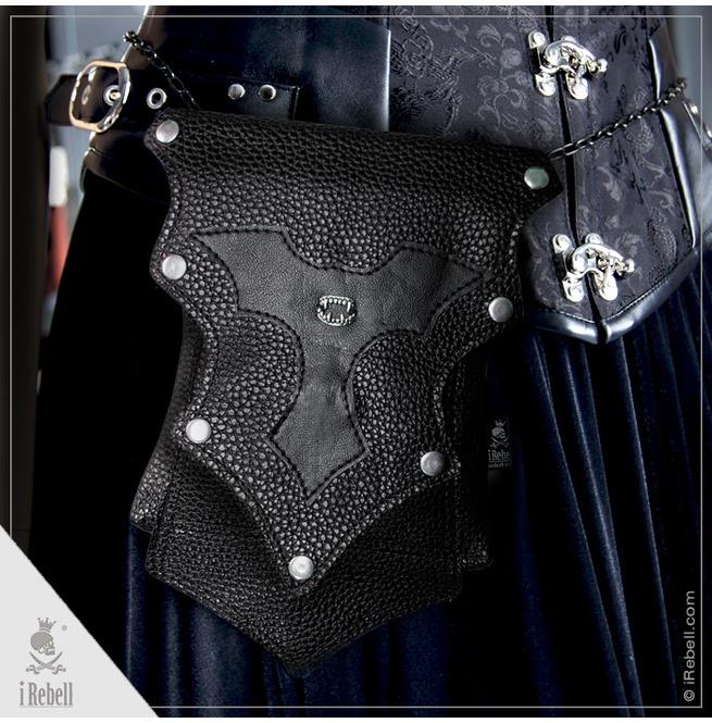 rebelsmarket_mini_handbag_belt_bag_vampire_fangs_extraordinary_gothic_bag_purses_and_handbags_4.jpg