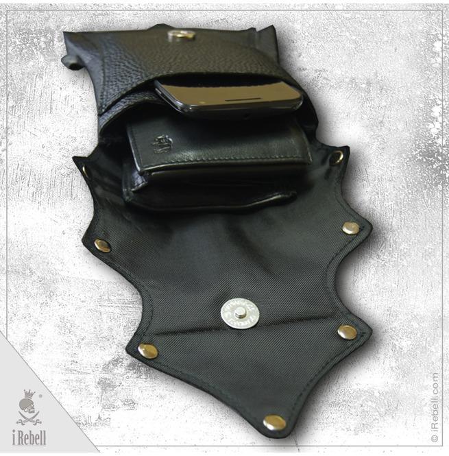 rebelsmarket_mini_handbag_belt_bag_vampire_fangs_extraordinary_gothic_bag_purses_and_handbags_2.jpg