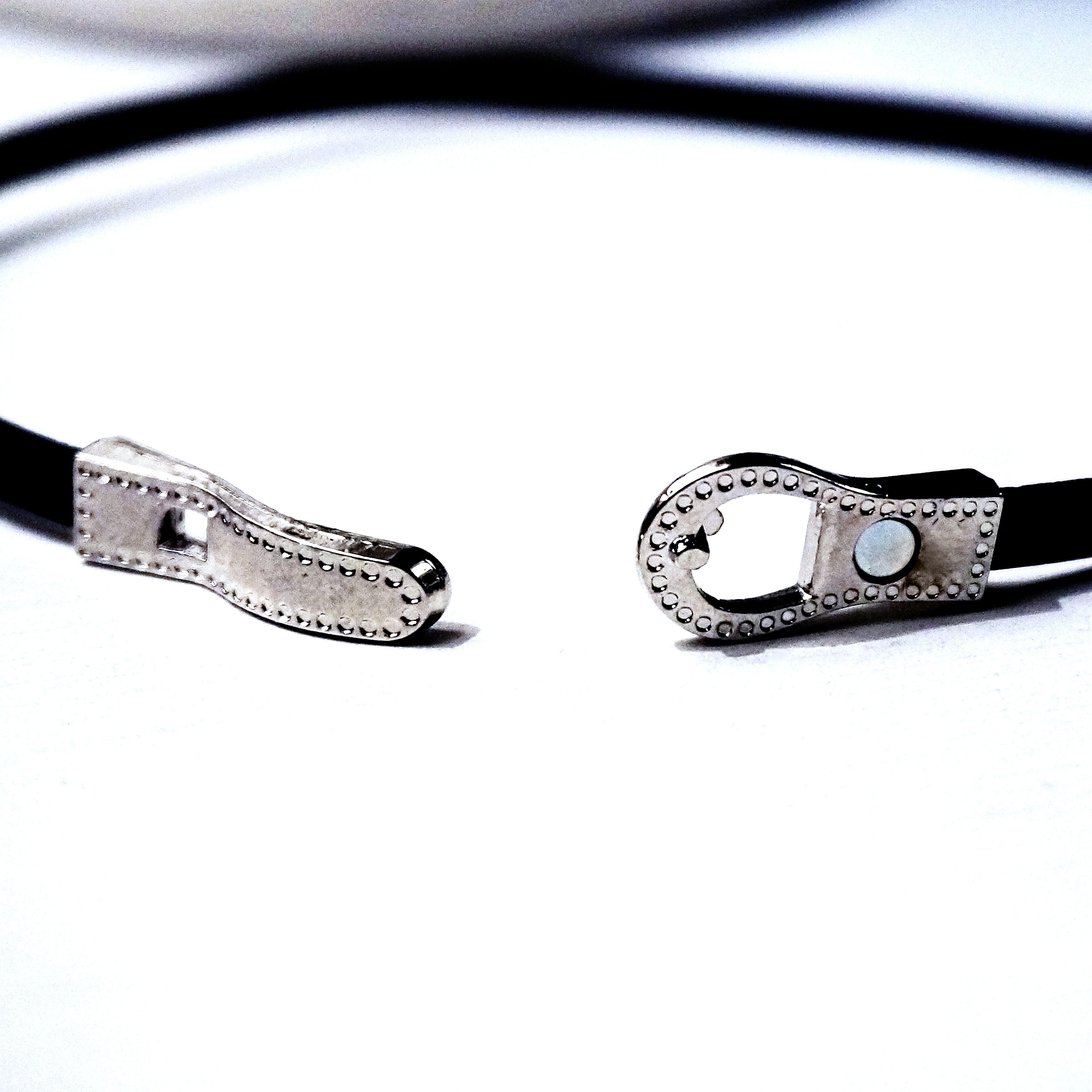 Submissive triskele collar necklace bdsm symbol triskelion lock product details biocorpaavc Gallery
