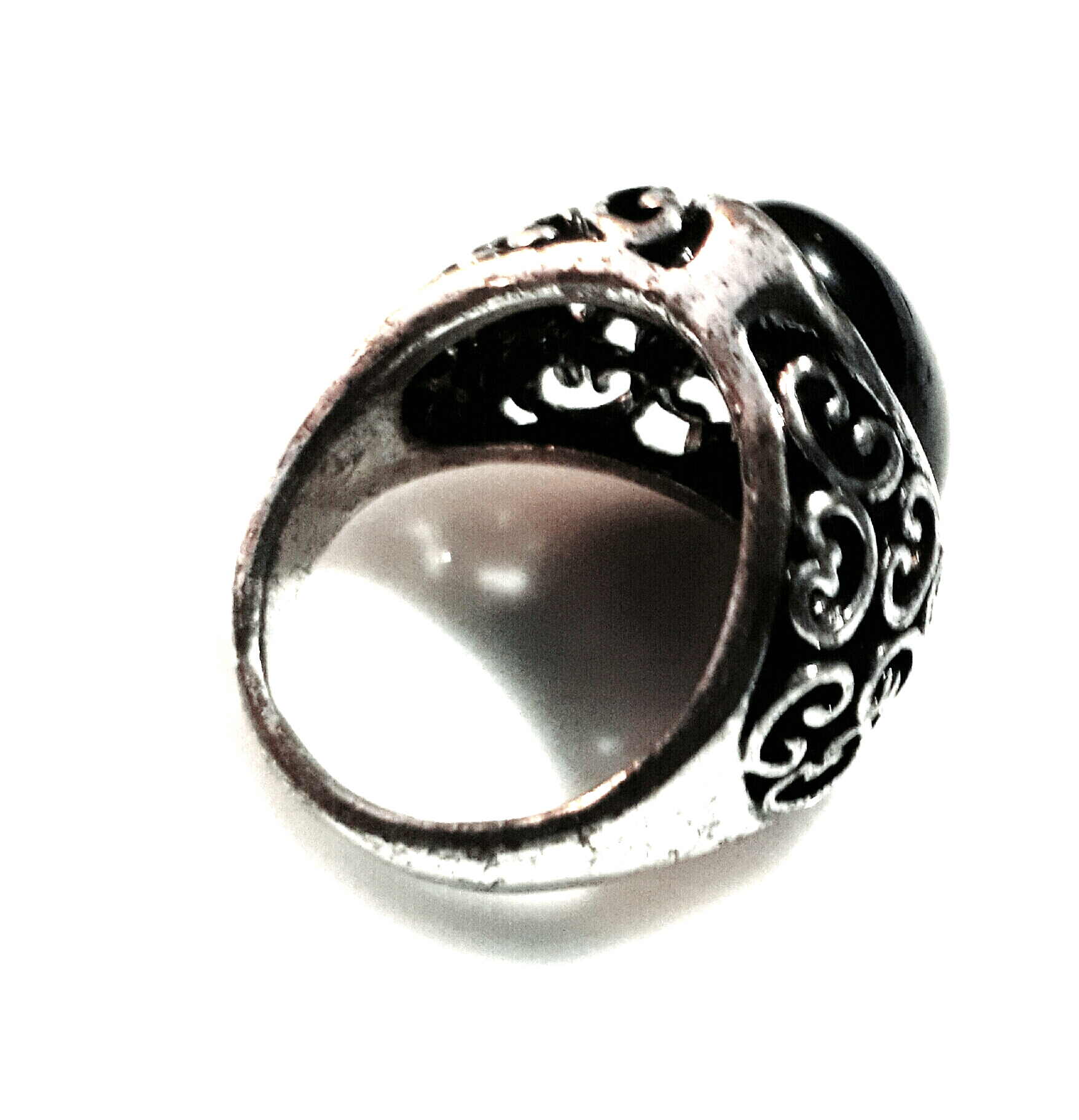 rebelsmarket_goth_old_silver_metal_antique_look_black_oval_engraved_design_ring_size_sml_rings_2.jpg