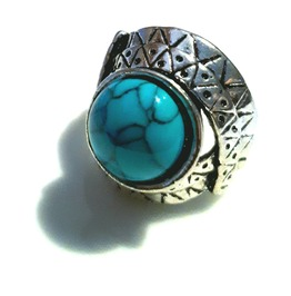Unique! Turquoise Tibetan Silver Ring Uk P Us 8 Native Americian Design