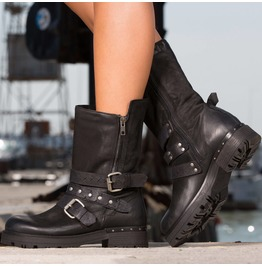 Black Genuine Leather Must Have Boots/Woman Casual Boots/Extravagant Winter Boots