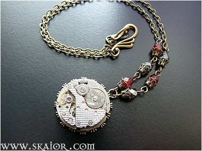 steampunk_necklace_gothic_victorian_jewelry_necklaces_2.jpg