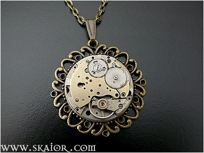 steampunk_necklace_gothic_victorian_jewelry_necklaces_5.jpg