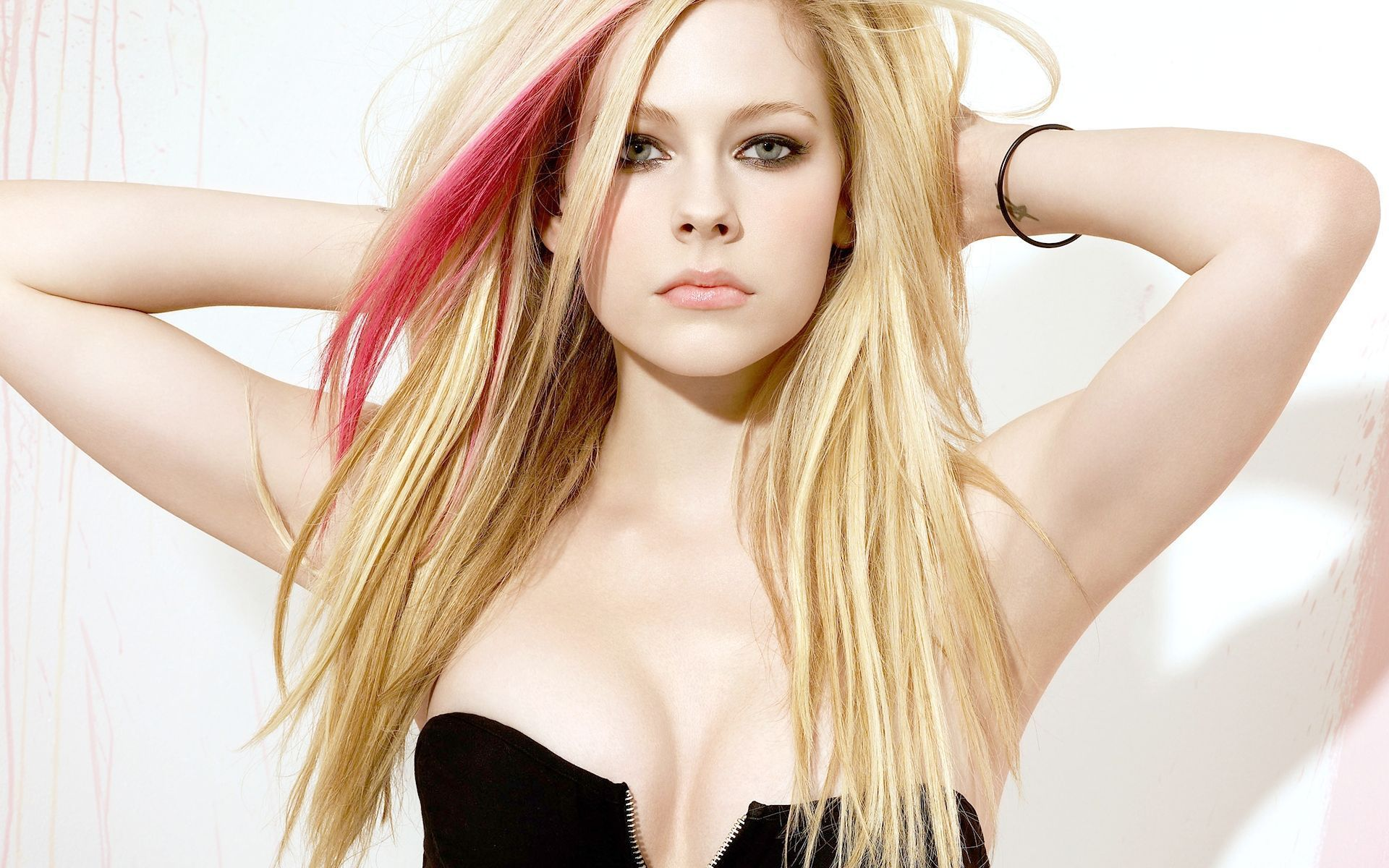 Steal The Look: Avril Lavigne