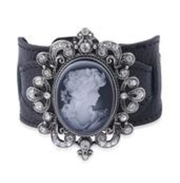 Cameo And White Austrian Crystal Leather Bracelet. 7 1/2 In.