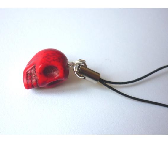 little_red_skull_strap_keychains_3.JPG