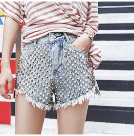 High Waisted Rivet Flashes Denim Shorts
