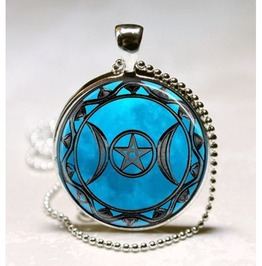 Beautiful Triple Goddess Pendant! Perfect For The Wiccan Goddess! Heathen