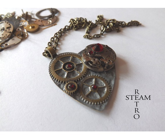 clockheart_steampunk_silver_necklace_steamretro_necklaces_3.jpg