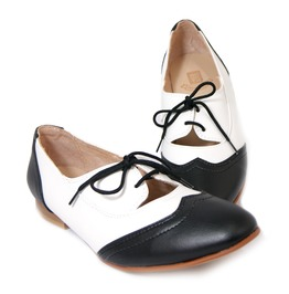 Mitu Black And White Saddle Shoe Vintage Pinup Girl Flats Valentina