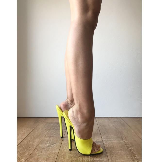 089710bc9e3 18 Mule Sexy Mistress Heel Stiletto Fetish Slipper Slides Mule Lemon Patent