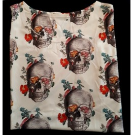 Cool Smooth Cream Skull Bone Heads Print Top T Shirt Size Small
