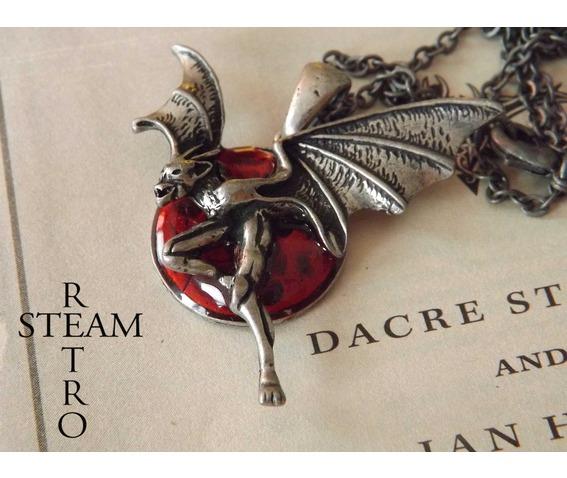 creatures_night_gothic_necklace_steamretro_necklaces_6.jpg
