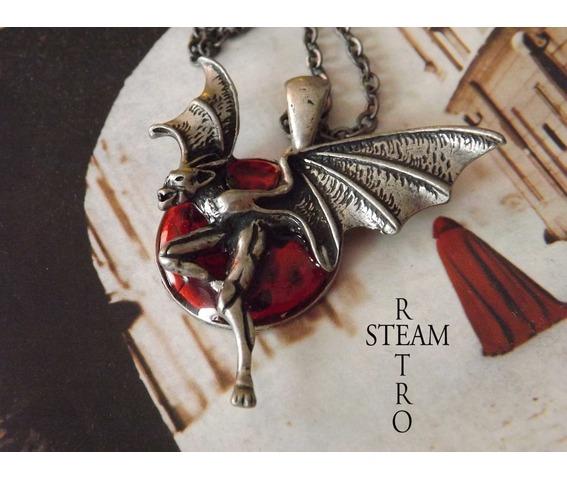 creatures_night_gothic_necklace_steamretro_necklaces_4.jpg