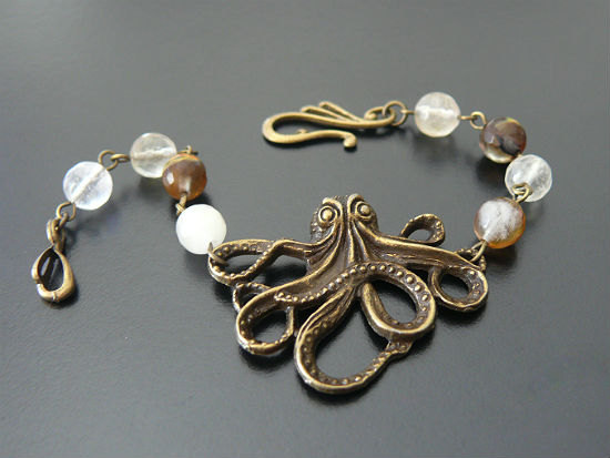 gothic_octopus_cthulhu_bracelet_jewelry_nautical_small_bracelets_and_wristbands_3.jpg