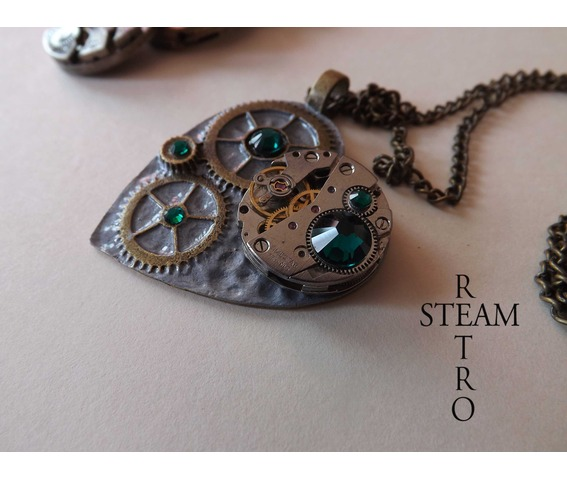 the_clockheart_steampunk_emerald_necklace_necklaces_5.jpg