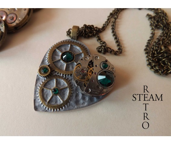 the_clockheart_steampunk_emerald_necklace_necklaces_4.jpg