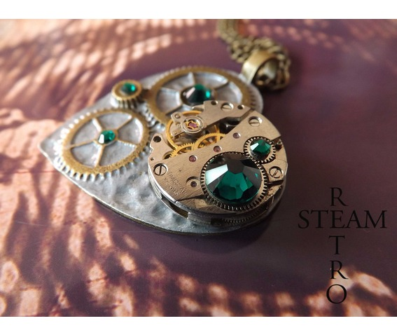 the_clockheart_steampunk_emerald_necklace_necklaces_2.jpg