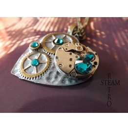Clockheart Steampunk Blue Zircon Necklace