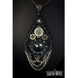 Rocker Fashion Necklace With Hematite Crystal