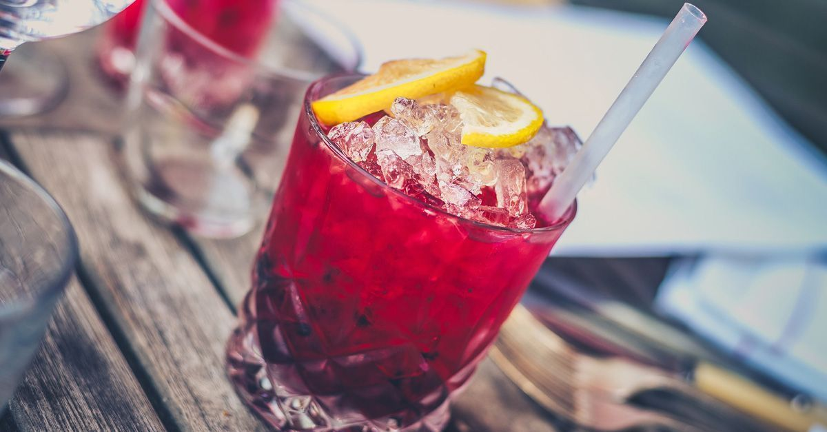 6 Super Easy Valentine's Drinks to Try This Year