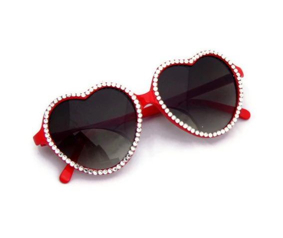 red_heart_shaped_sunglasses_rhinestones_sunglasses_3.jpg