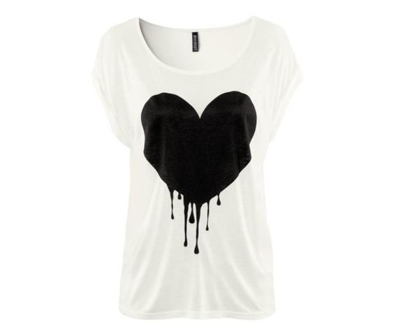 black_heart_pattern_round_collar_t_shirt_tops_tees_3.jpg