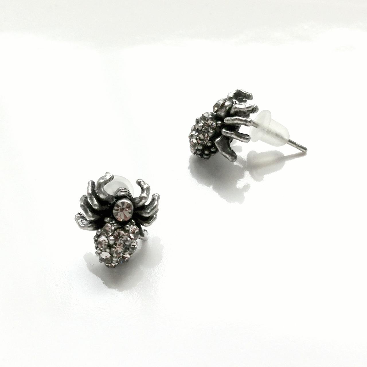spider_stud_earrings_earrings_3.jpg