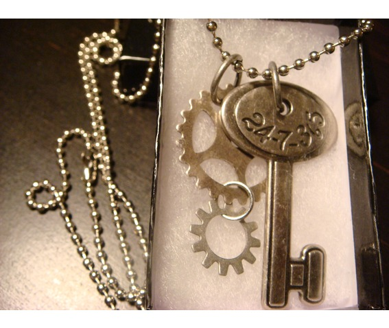 steampunk_number_key_gears_necklace_necklaces_4.JPG