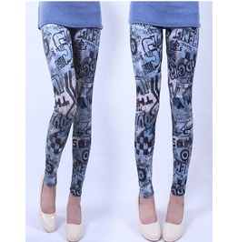 Multi Letters Print Tight Leggings