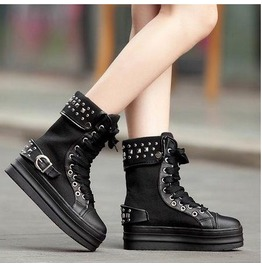 Round Toe Flat Buckle Rivets Lace Boots
