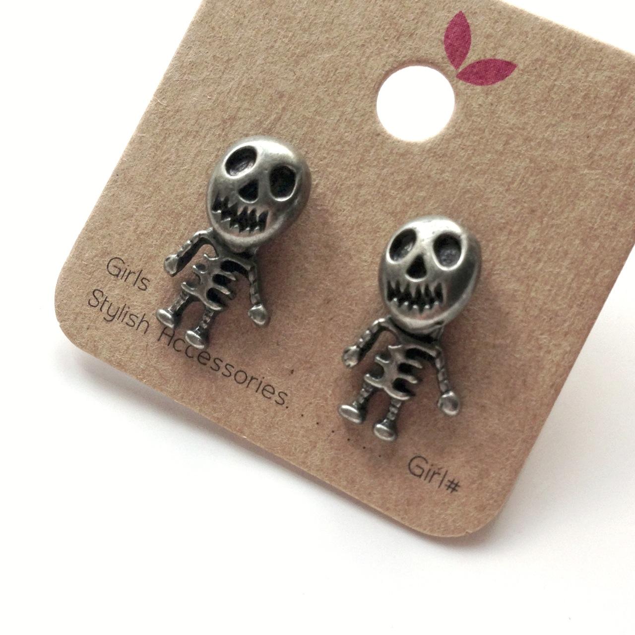 skeleton_stud_earrings_silver_earrings_2.jpg