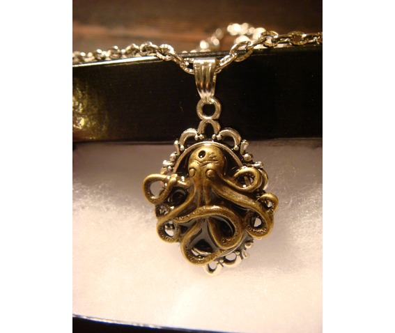 victorian_style_steampunk_octopus_pendant_necklace_necklaces_2.JPG