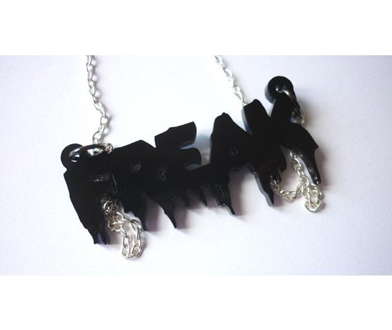 im_a_freak_necklace_necklaces_4.JPG