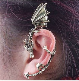 Single Dragon Earcuff