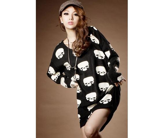 new_multi_skull_heads_long_black_t_shirt_standard_tops_5.JPG
