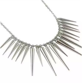 Cool Silver Tones Long Lightweight Cone Spikes Necklace Adjustable Clain