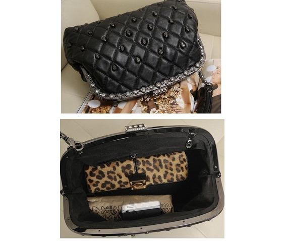 skull_heads_shoulder_handbag_purses_and_handbags_2.JPG