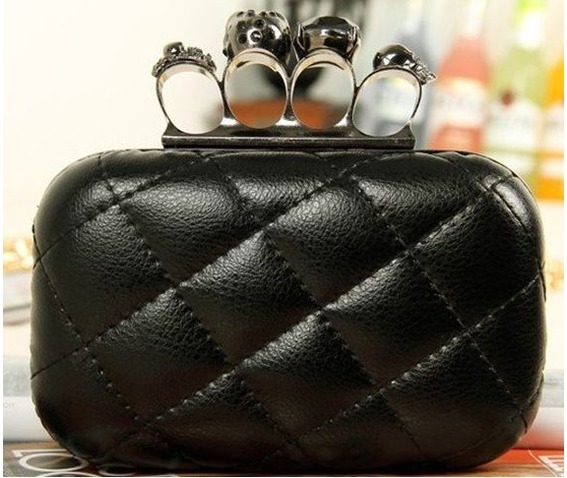 finger_clutch_skull_head_hand_dpurse_purses_and_handbags_5.JPG