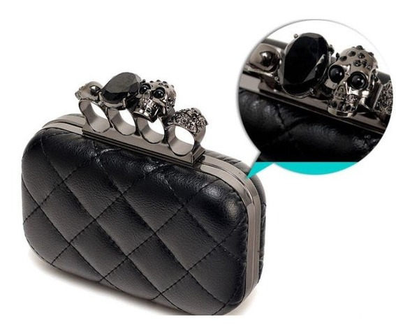 finger_clutch_skull_head_hand_dpurse_purses_and_handbags_4.JPG