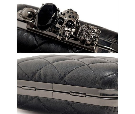 finger_clutch_skull_head_hand_dpurse_purses_and_handbags_3.JPG