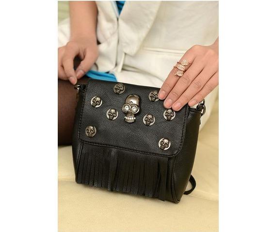 metal_skulls_head_tassel_shoulder_handbag_purses_and_handbags_2.JPG