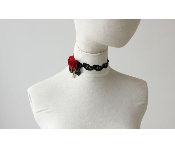 red_rose_black_lace_gothic_style_necklace_necklaces_5.jpg
