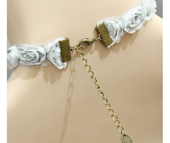 pearl_pendant_lace_necklace_necklaces_2.jpg